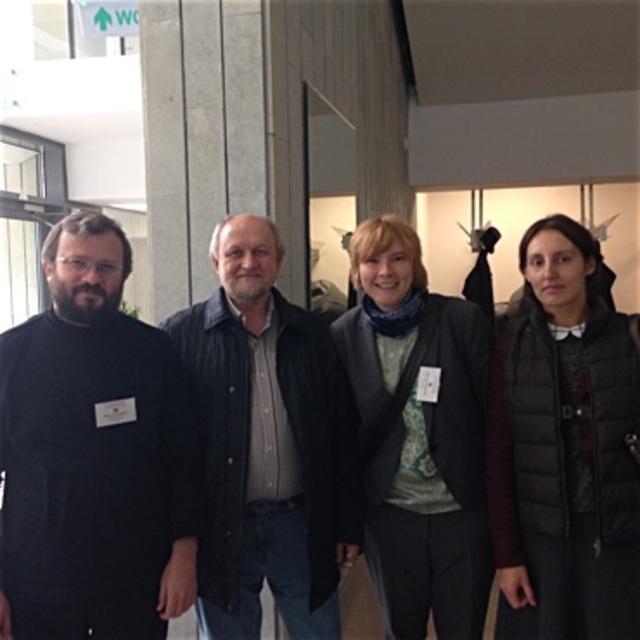 На фото:архимандрит Кирилл Говорун, священник Александр Шрамко, Наталья Василевич и Надежда Белякова